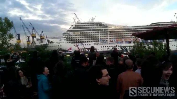 Un bateau de croisière joue l'intro de Seven Nation Army à la corne de Brume