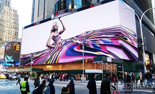 Le plus Grand panneau publicitaire louer par Google sur Times Square